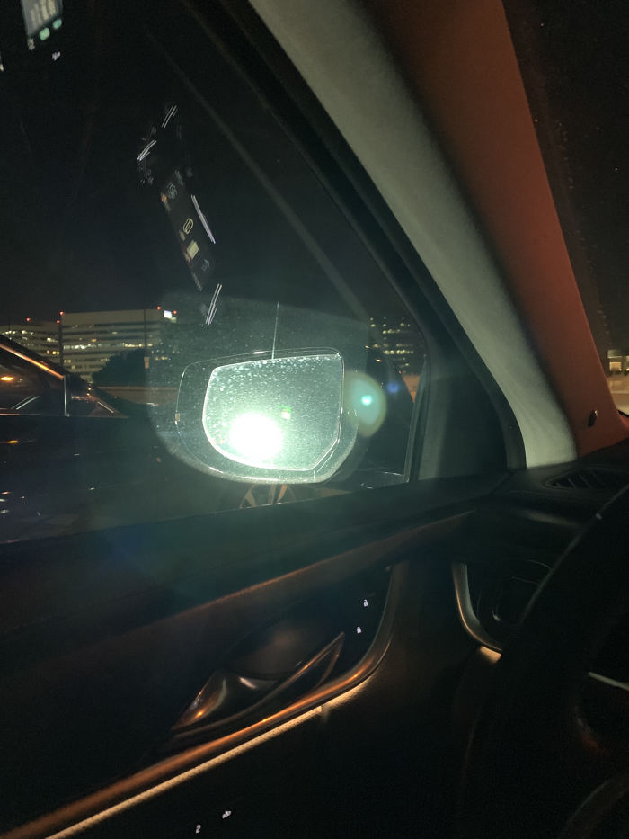 Pickup Trucks With High Beams On