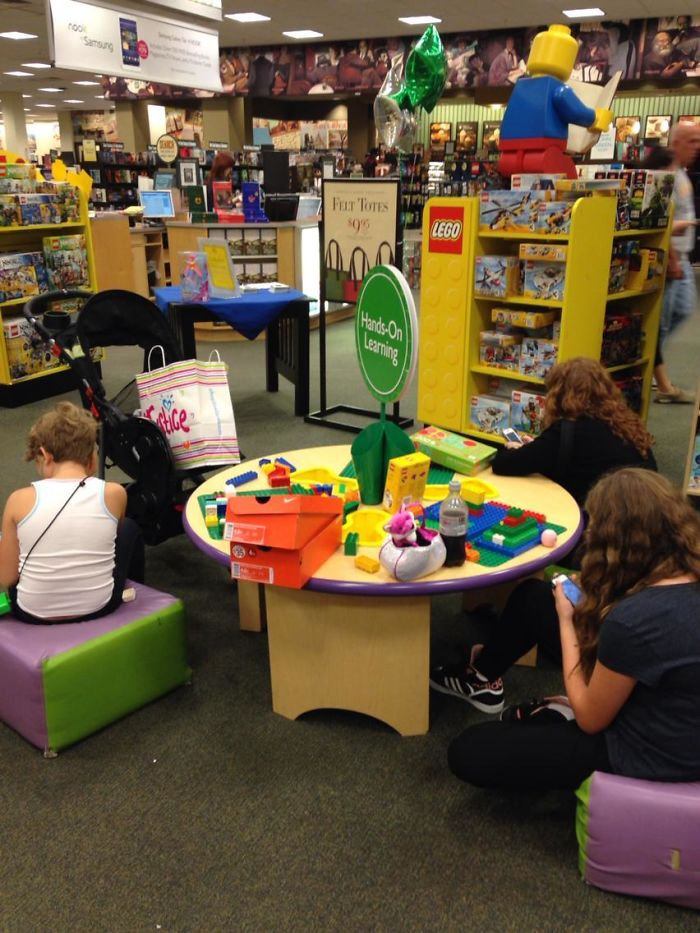 A Mom And Two Older Kids Refused To Leave The Kids Play Table So Kids Could Play. They Didn't Even Look Up From Their Phones