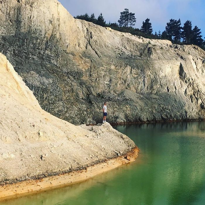 Influencers Are Falling Ill After Mistaking Toxic Waste Dump For Gorgeous Blue Lake