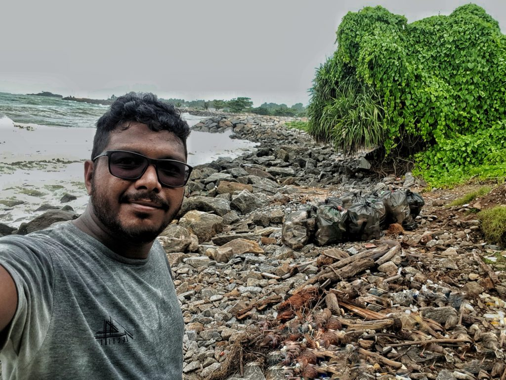 How A Young Sri Lankan Guy Made The Best Out Of His Birthday By Cleaning A Beach All By Himself