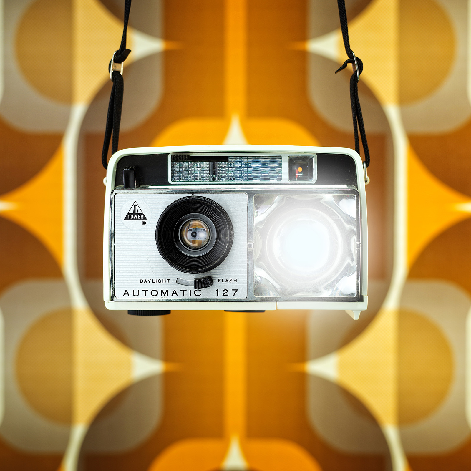 What If Vintage Cameras Had Profiles On Instagram? New Cameraselfies!