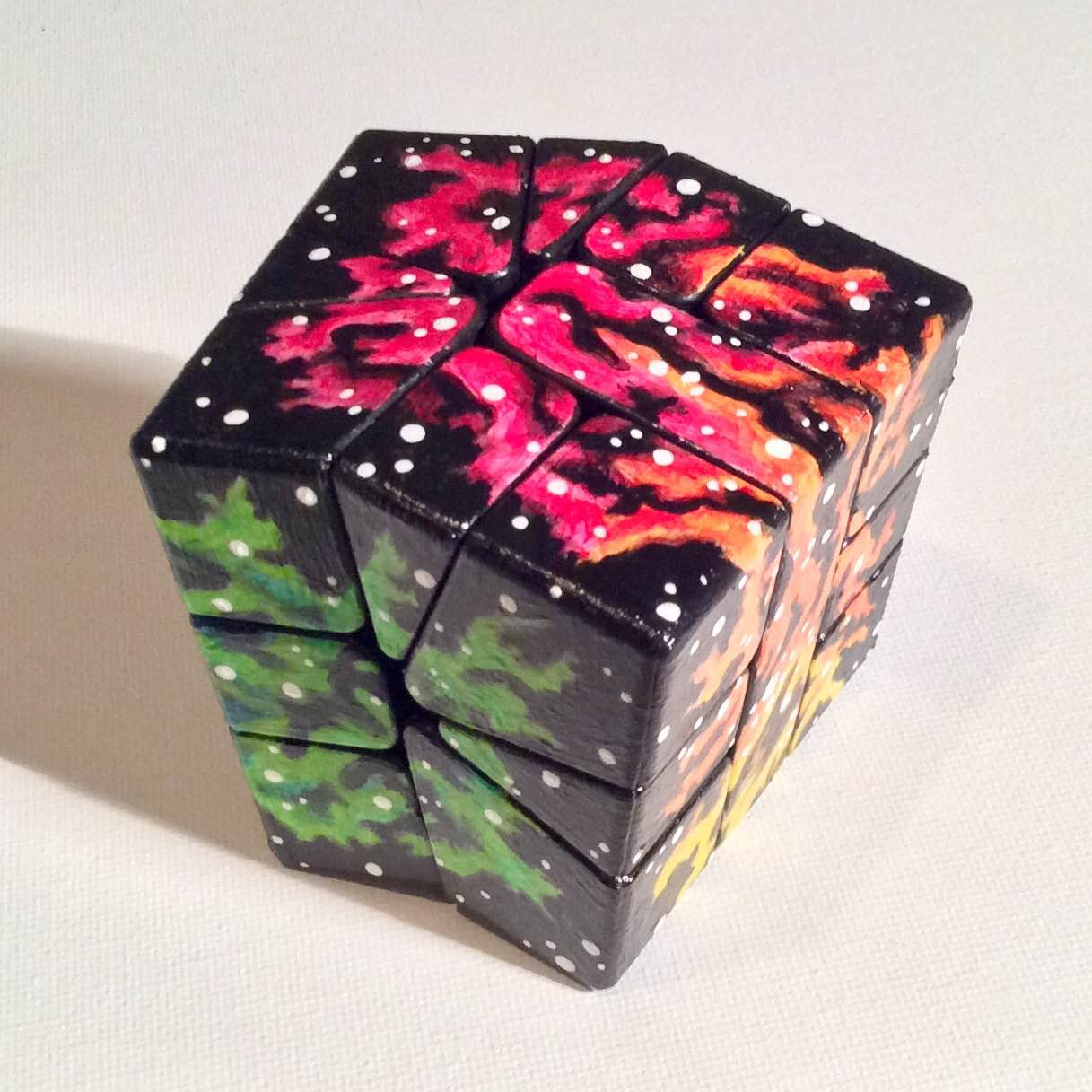 I Gave Up Canvas, Now I Paint On Rubik's Cubes.