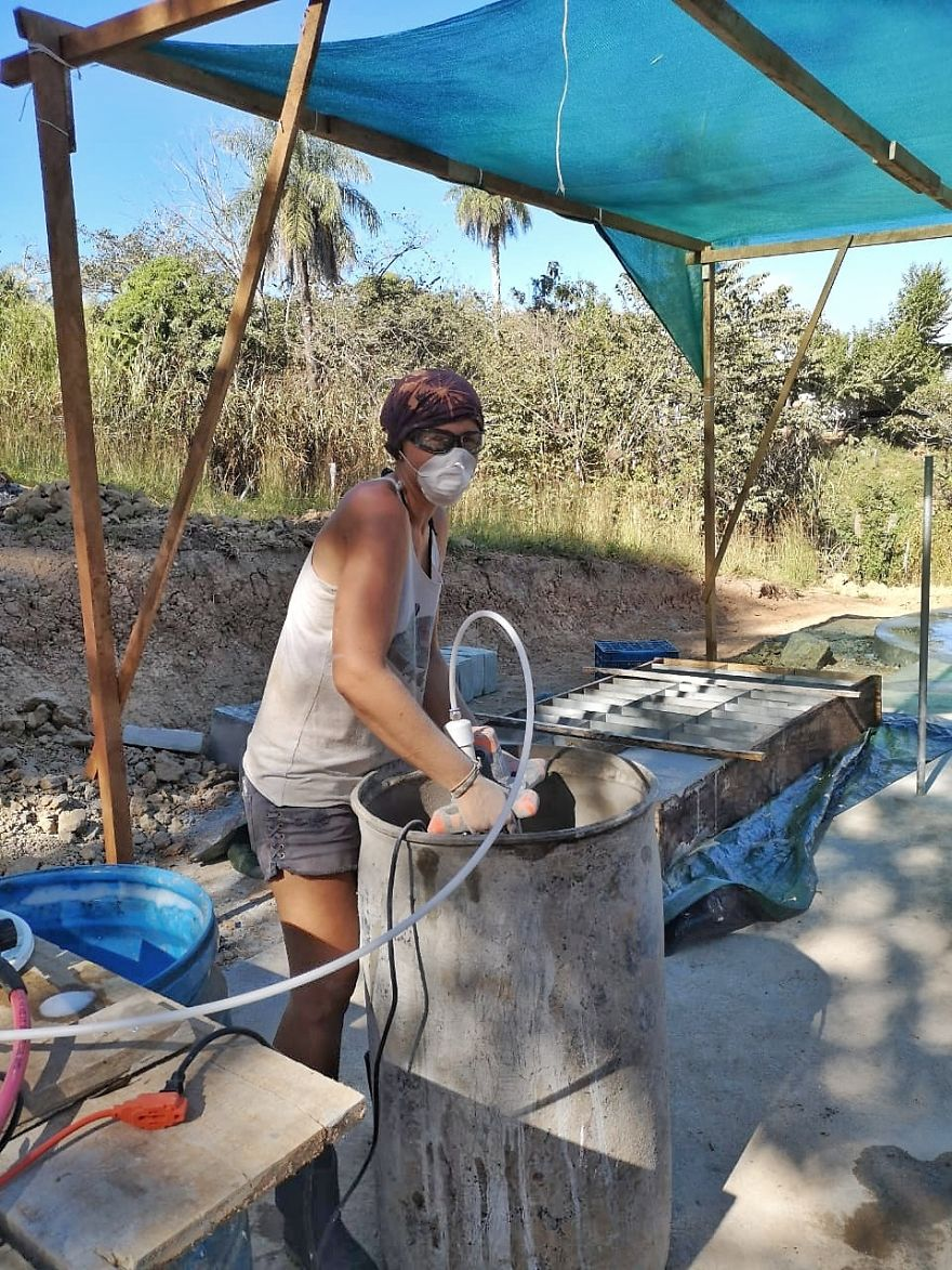 I Used A Mix Of Concrete And Dish-Washing Detergent To Build This Amazing Dome House In Costa Rica