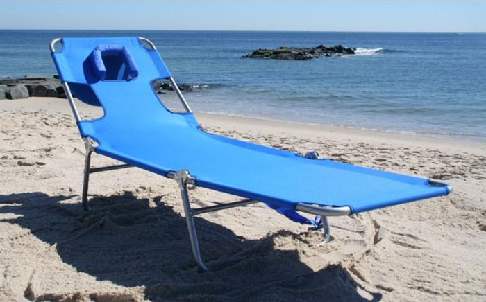 Prime Amazon Is Selling A Beach Lounge Chair That Has A Face Hole Inzonedesignstudio Interior Chair Design Inzonedesignstudiocom