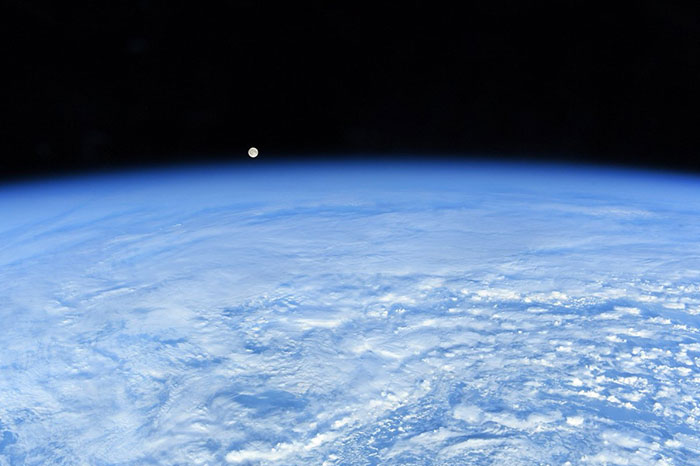 Astronauts Show Earth From A Completely Different Perspective In 127 Shots