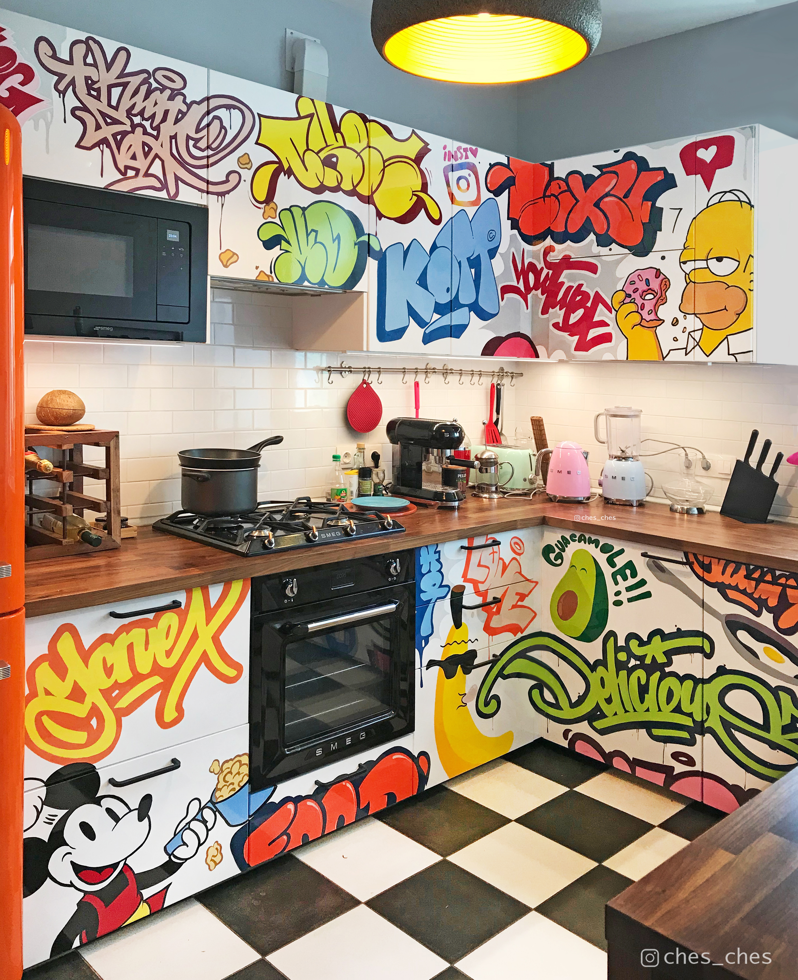 I Made Funny Graffiti Artwork In The Kitchen For My Friend