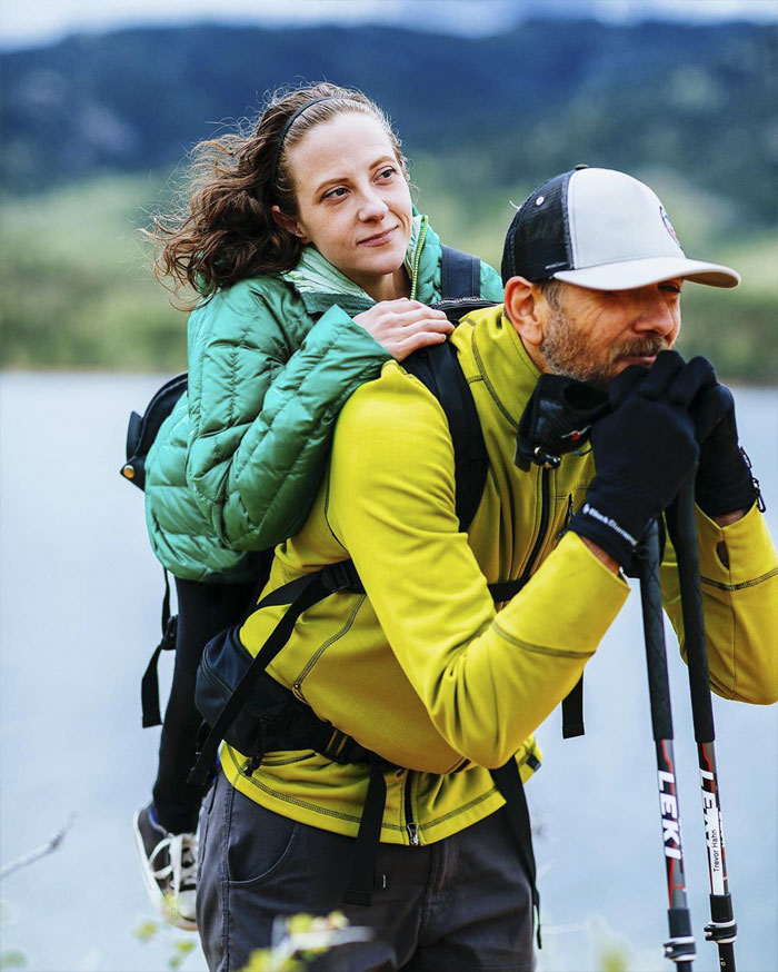 Woman Who Cannot Walk Forms A Duo With A Blind Man So They Could Go Hiking Together: 'He's The Legs, I'm The Eyes'