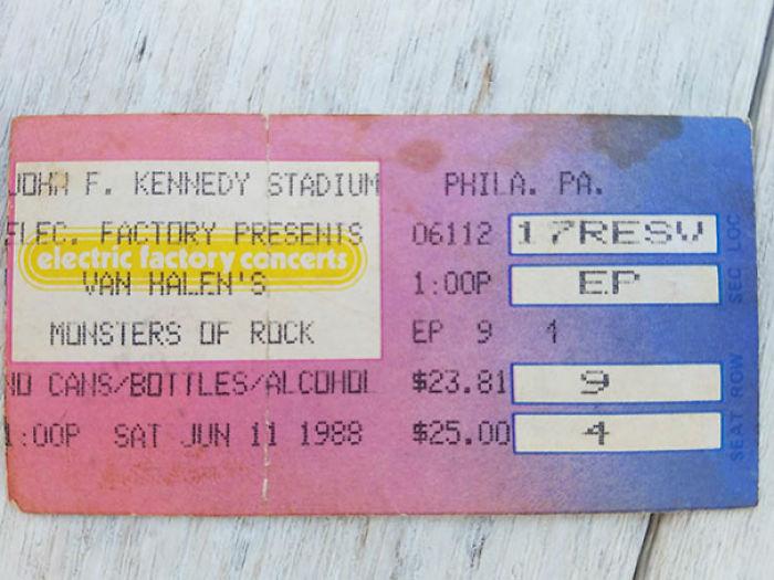 Entrada de 1988 para un concierto de Van Halen