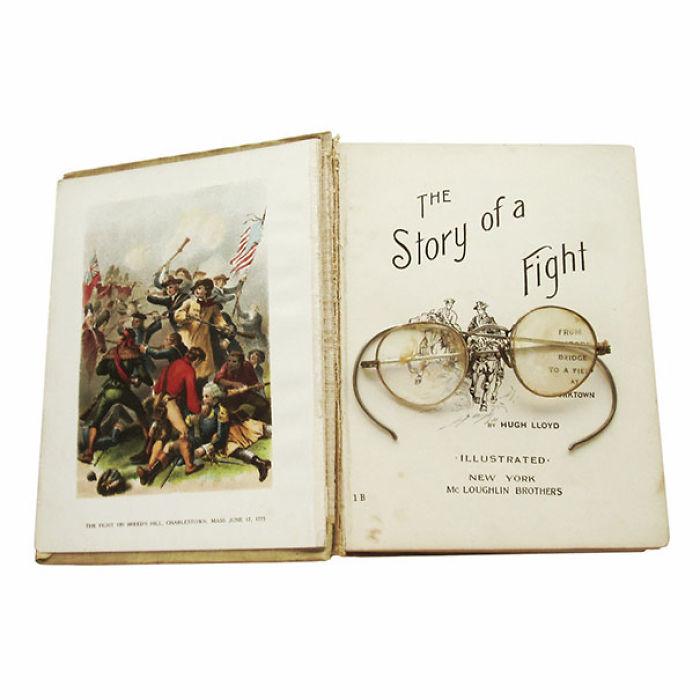 Atrás en el tiempo, el dueño de estas gafas aún las está buscando