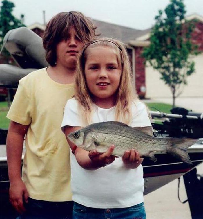 1) I'm In The Back. 2) I'm Female. 3) That's My Fish She's Holding. 4) This Picture Was Hung Up In The Front Of Our Elementary School For An Entire Week