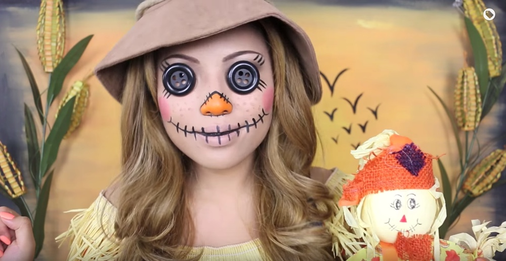 11 Of The Creepiest Halloween Looks Ever