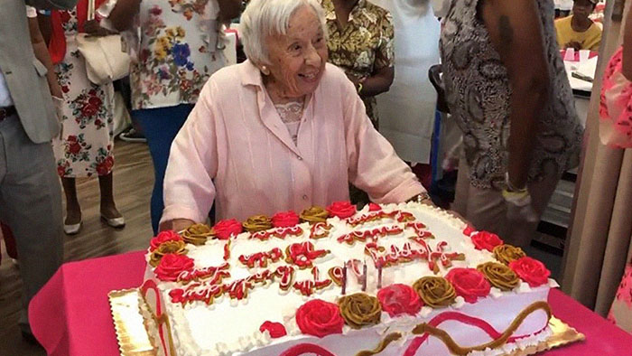 Woman Celebrates Her 107th Birthday, Says The Secret Reason Why She Lived So Long Is Never Getting Married
