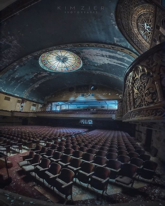 The Talent Of Photographing The Haunting Beauty Of Abandoned Places