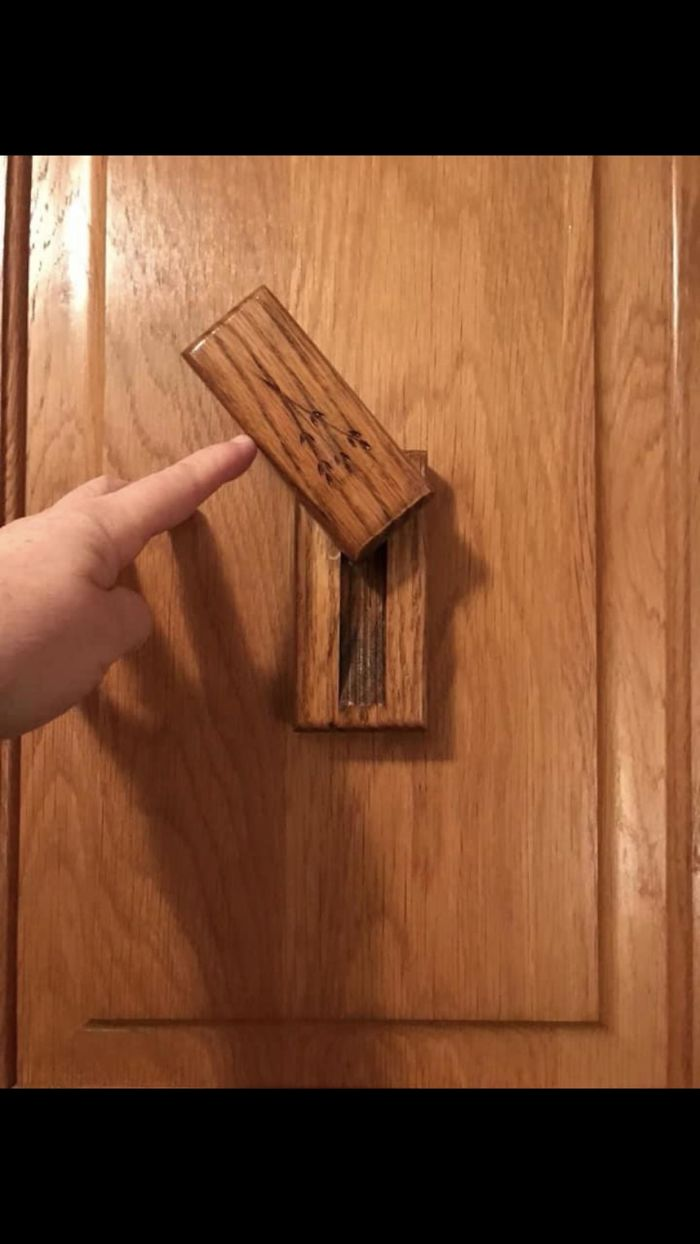 On A Kitchen Cabinet, Above The Sink. The Piece Only Swivels Side To Side. What Is This Thing?