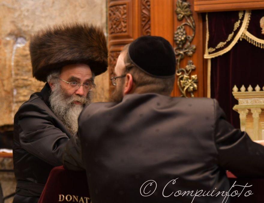 Jew Debate At The Western Wall