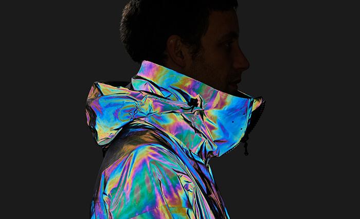 Британский стартап создал лыжную куртку, имитирующую кожу кальмара (фото 6)