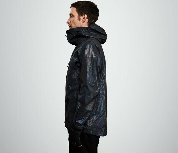 Британский стартап создал лыжную куртку, имитирующую кожу кальмара (фото 8)