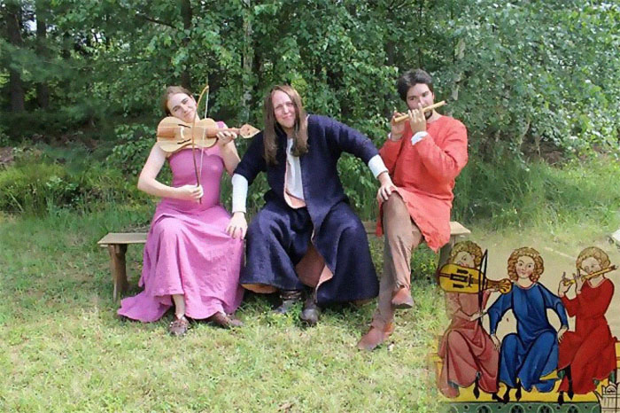 Czech-Students-Recreate-Medieval-Paintings