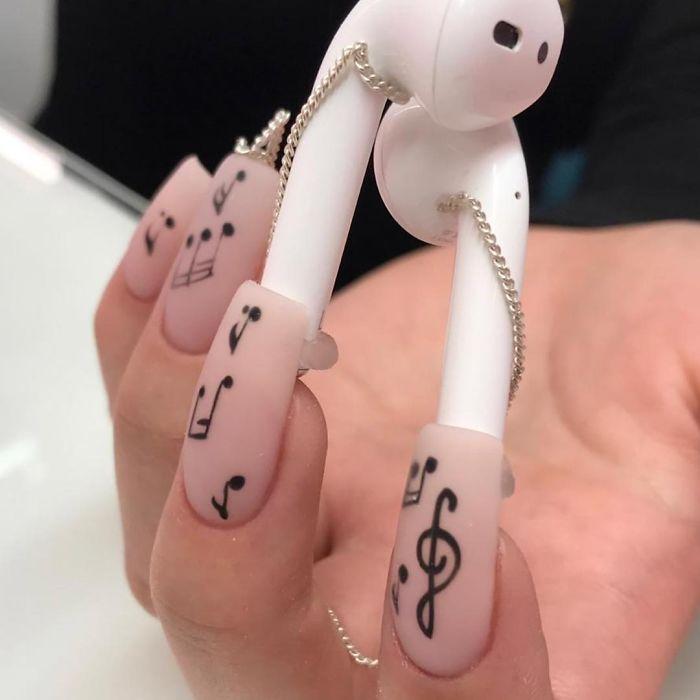 Airpod Nails