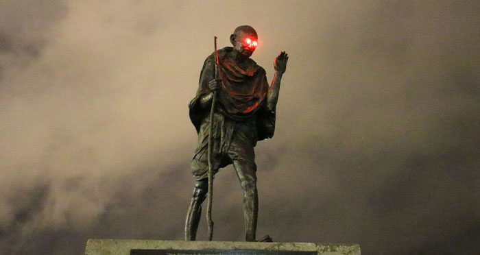 Someone Vandalized Gandhi's Statue In San Francisco And It Now Has Beaming Red Eyes