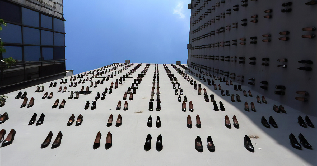 A Pair Of Heels Is Put On The City Walls Of Istanbul For Every Of 440 Women Killed By Their Husbands In Turkey