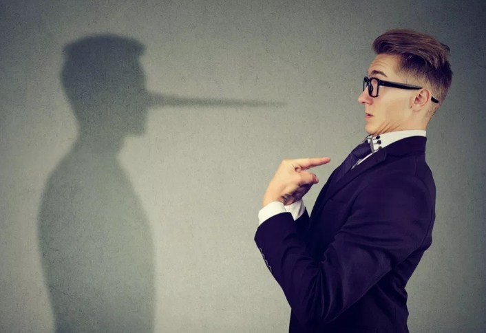 Try These 25 Secret Tricks for Spotting a Lie Every Time