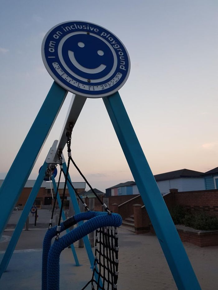 Braille Sign High Up On The Swings