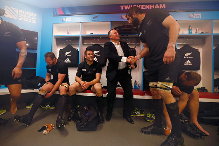 Giant Rugby Player Dwarfs NZ's Prime Minster