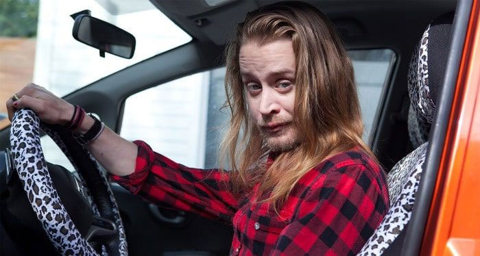 People Petition For Macaulay Culkin To Play Kevin In New 'Home Alone,' He Responds With 2 Funny Tweets