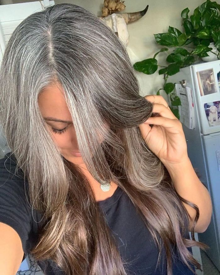 These 30 Women Who Ditched Dyeing Their Hair Look So Good They May Convince You To Do The Same Bored Panda