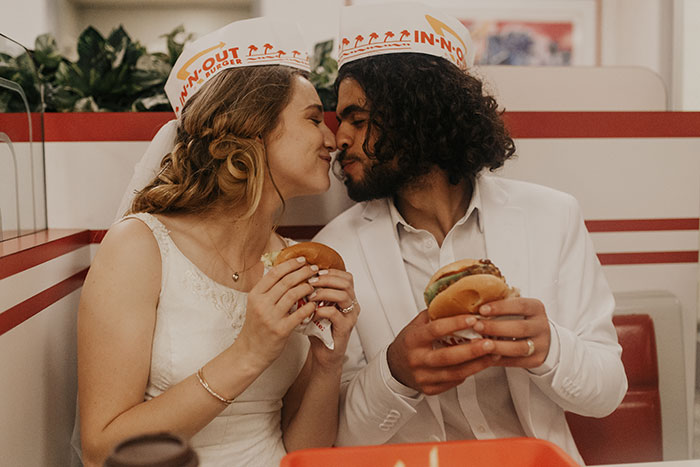 21 Wedding Photos That I Took At In-N-Out Burger Chain Restaurant