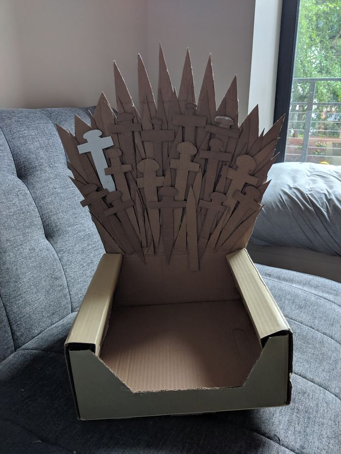 Excellent Arthur The Cat Just Got His Own Iron Throne And Its A Creativecarmelina Interior Chair Design Creativecarmelinacom