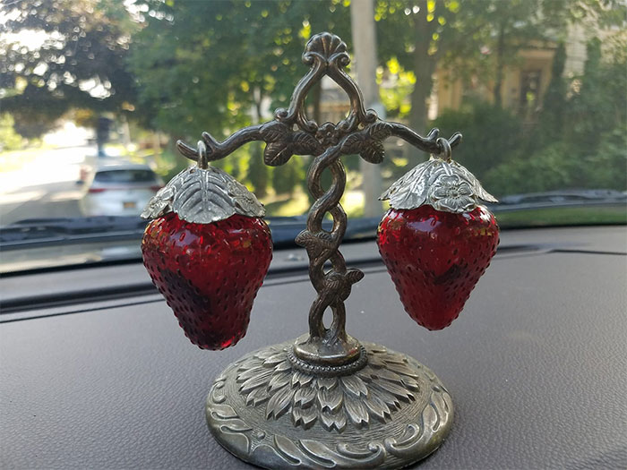 I Went To A Yard Sale And This Was All I Could See. I Bought Clothes And She Gave It To Me For Free! Edited To Add: They Are Salt And Pepper Shakers. I'd Love To See Yours. I Guess I Collect These Now!