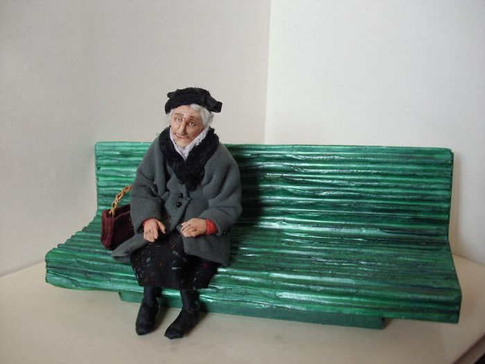 Doll Master From Novosibirsk Creates Realistic Works About Old People Live