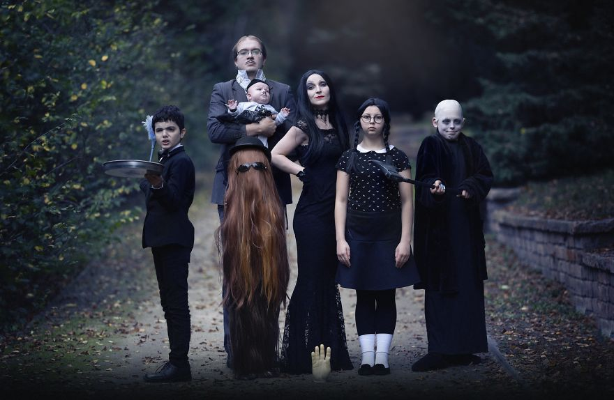 Anna Węcel best halloween outfit costume photography 2020 the addams family