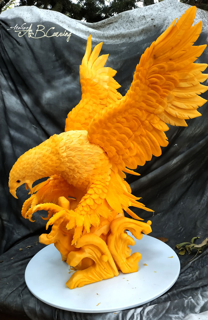 23 Carved Pumpkins Into Exquisite Sculptures That Are Not Halloween-Themed