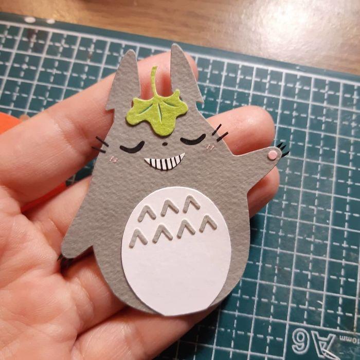 (*´罒`*)ノ🍃☂️ #papercutting #papercut #cutpaper #cutoodle #ghibli #totoro #studioghibli