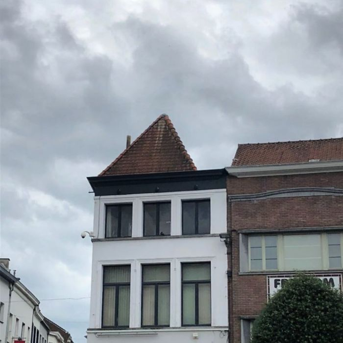 Not Sure If Roof Or Tiny Hat