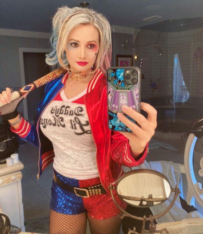 Holly Madison As Harley Quinn