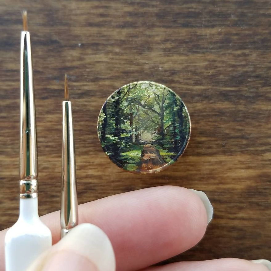 Cent Number 8 Of 100. Oil On Penny, 2018 . . . . . . . . #contemporaryart #oilpainting #pennypainting #miniature #park