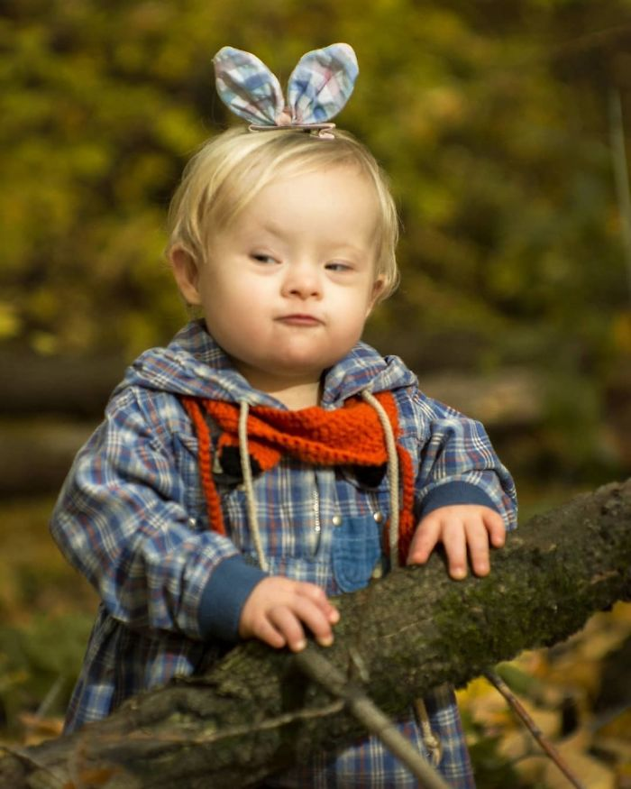 I Design Costumes And Flower Crowns To Photoshoot My Adorable Adopted Girl With Down Syndrome.
