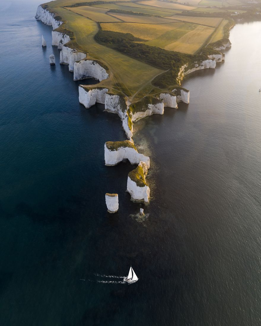 Boat Cruising Past Old Harry Rocks, Dorset, Joe Shelly, UK