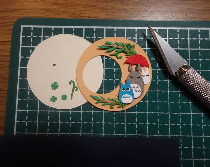 It's A Little Squishy Trying To Fit Everything Neatly?? Now I'm Just Worried It Won't Fit The Watch Frame Properly \(;´□`)/ I Forgot To Take Into Account The Thickness Of The Layers Whoops, But Time Will Tell ( ಥ Д ಥ)՞՞ #papercut #cutpaper #papercutting #cutoodle #paperart #ghibli #totoro #watch