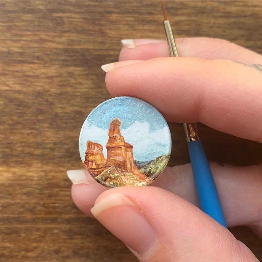 The Lighthouse Located In The Texas Panhandle. . . . . . . . . . #brymarie #brymariearts #coinart #miniature #miniart #contemporarypainting #contemporaryart #landscape #texas #lighthouse #oilpainting #oils