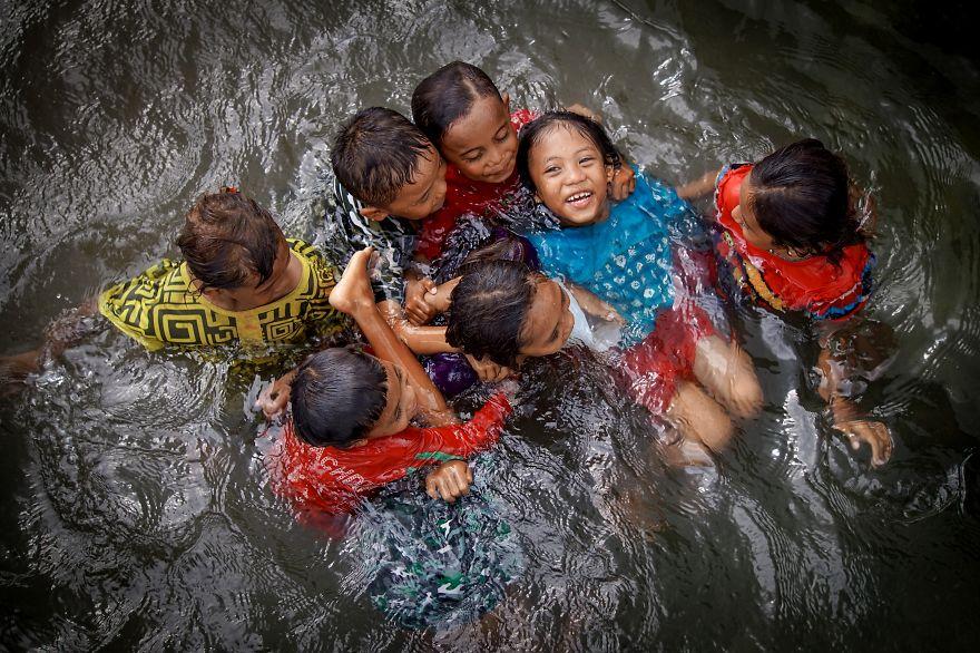 Water Play, Habirun, Indonesia