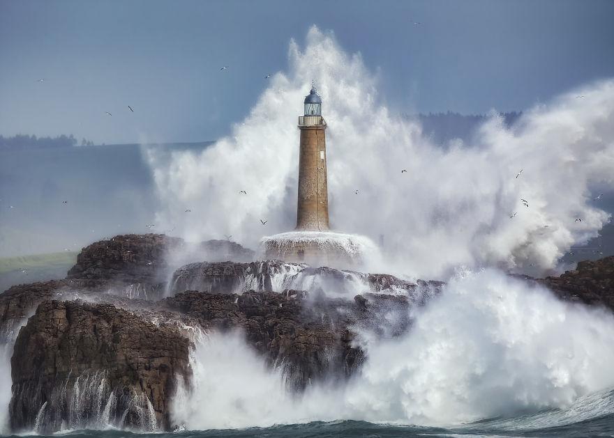 Power, Sergio Saavedra Ruiz, Spain