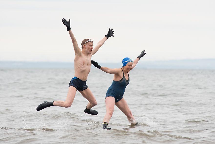 Husband And Wife Swim Team
