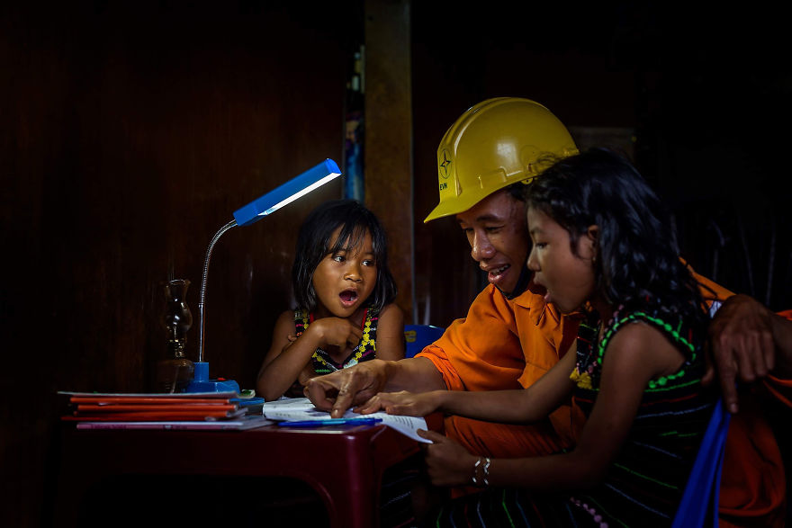 The Electrician Is Teaching Children
