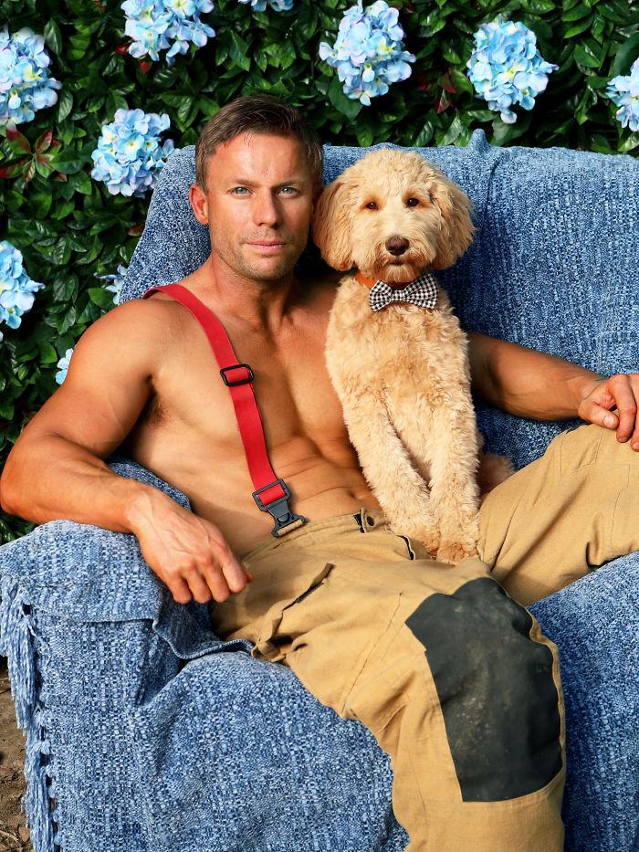 Australian-Firefighters-Animals-Calendar-2020