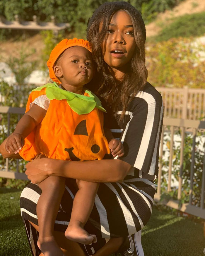 Gabrielle Union's Daughter Kaavia Also Dressed As A Pumpkin